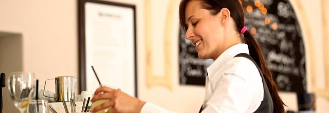 MitarbeiterIN im Restaurant – KellerIN